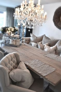 Elegant Dining Room, Dining Room Design, Dining Room Table, Dining Area, Dining Chairs, Home Fashion, Farmhouse Style Table, Rustic Table, Farmhouse Ideas