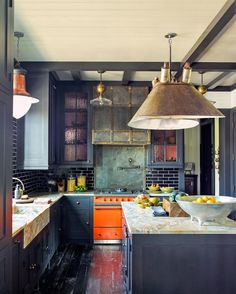 Planning a renovation? Renowned New York designer @StevenGambrel offers smart solutions for crafting your own knockout kitchen on archdigest.com. Photo by @ericpiasecki #ADKitchens