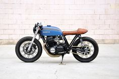 The Bullitt: Seaweed & Gravel's Honda CB750 'Babe Blue' Cafe Racer