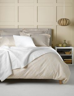 Our beautiful butterscotch bedding set. New for Spring.