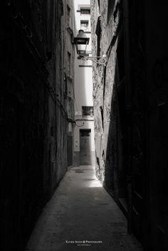 Plaça dels raïms by Xavier  Alejo  on 500px