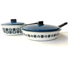 Austria Email created a line of amazing enamelware in the 1970s that featured deliciously retro patterning around the outside. This set,