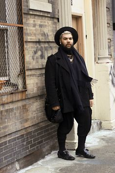 cute fashion style street style street new york mens fashion . All Black Fashion, Fat Fashion, Queer Fashion, Big Men Fashion, Androgynous Fashion, Androgyny, Mens Plus Size Fashion, Chubby Men Fashion, Tall Guys