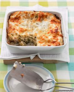 Zucchini Lasagna Recipe: Thanks to no-boil noodles, this vegetarian lasagna takes just 15 minutes to assemble. A creamy, slightly tangy mixture of reduced-fat cream cheese and ricotta cheese lies between layers of oregano-seasoned zucchini. Vegetarian Casserole, Casserole Recipes, Vegetarian Recipes, Cooking Recipes, Veggie Recipes, Meal Recipes, Cheese Recipes, Cooking Tips, Healthy Recipes