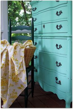 Love this tiffany blue dresser, my new love for vintage dressers and bedroom furniture has me wanting to redo every room in the house lol