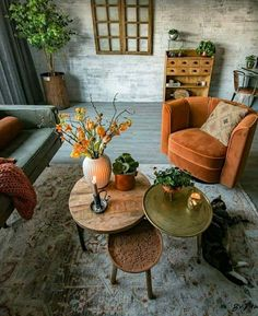 Join us and get inspired by the best selection of orange interior design for you… - Home Dekor Interior Design Living Room, Living Room Designs, Retro Interior Design, Interior Livingroom, Modern Design, Orange Interior, Autumn Interior, Cosy Interior, Interior Plants