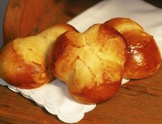 Ein klassisches österreichisches Osterpinze Rezept Baked Potato, Potatoes, Bread, Vegetables, Cooking, Ethnic Recipes, Food, Culture, Recipes
