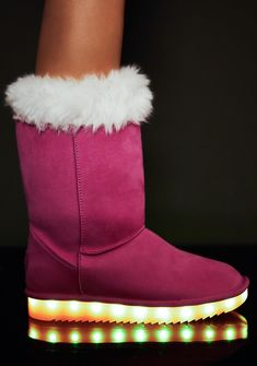 Bubblegum Stay Lit Snow Boots cuz you alwayz stay lit, bb. Keep it lit N' cozy with these vegan suede snow boots with rubber soles that have LED light that keep it lit and a fuzzy trim N' lining.