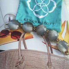 Kendra Scott 'Cassie' Bracelet Make a statement with this Kendra Scott gray cat's eye stone station bracelet. NWOT. Comes with Kendra Scott pouch. Kendra Scott Jewelry Bracelets