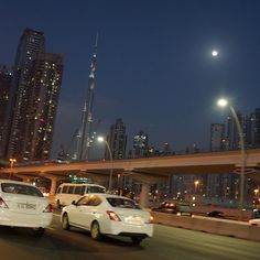 #dubai #night #highway #cool #nice #travel #trip #beautiful #photo #photooftheday #amazing #awesome