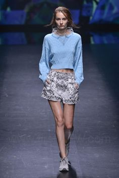 Atsushi Nakashima - Ready-to-Wear - Runway Collection - Women Spring / Summer 2015 - See more at: http://firstview.com/collection.php?p=0&id=40436&of=13#sthash.kzpujssH.dpuf