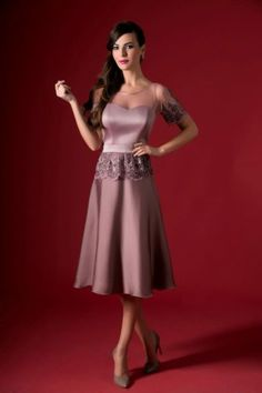 tea length mother of the bride dresses with sheer sleeves Tea Length Dresses, Formal Dresses, Mother Of The Bride Suits, Mothers Dresses, Bride Dresses, Satin Shorts, The Blushed Nudes, Pantone, Blush Pink