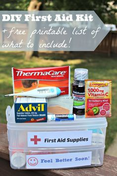Great list (+ free printable!) of what you need in a first aid kit -- perfect for the car, classroom or dorm room! AD #HealthySavings