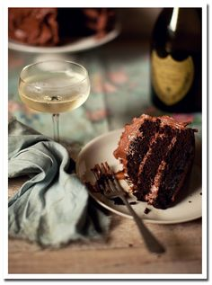 two of my favorite things - champagne and cake!