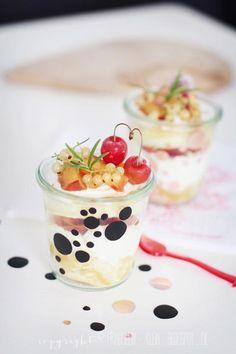 Nectarine Trifle (website in German)