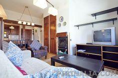 Apartamento para 5 personas pie de pistas en la urbanización Tanau de Baqueira 1700.  www.pirinalia.com