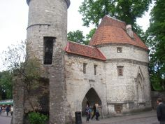 Viru gateway into the Olde Towne, Vana Tallinn Places To Travel, Places To Go, Entry Gates, 12th Century, Travel Memories, Barcelona Cathedral, Places Ive Been, Cruise, Tours