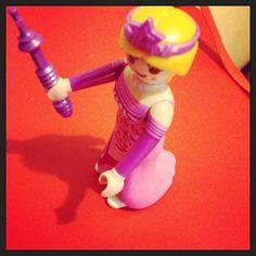 Mais uma para a família playmobil. Esta é a Juliete! #playmobil #playmobilcollection
