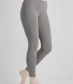 Laid-back Lounging Leggings in Grey. Slip into these lightweight grey leggings before settling onto the sofa for a relaxing night in! Vintage Pants, Grey Leggings, Knit Leggings, Yoga Pants, Gym Pants, Running Pants, Skinny Pants, Workout Leggings, Workout Gear