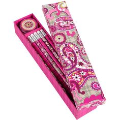 Vera Bradley Pencil Box ($8.40) ❤ liked on Polyvore featuring home, home decor, office accessories, school, art stuff, kids, school supplies, stationery, vera bradley pencil case and telephone box
