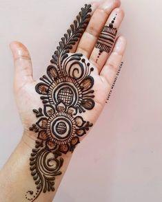 Very Simple Mehndi Designs, Short Mehndi Design, Mehndi Designs Front Hand, Henna Tattoo Designs Simple, Full Hand Mehndi Designs, Mehndi Designs For Girls, Mehndi Designs For Beginners, Modern Mehndi Designs, Dulhan Mehndi Designs