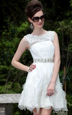 Round Neck Beaded Sash/Floral Embellished/Prom/Ball/Cocktail/Party Dress