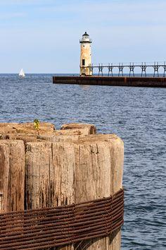 *Manistee North Pierhead Lighthouse, on Lake Michigan