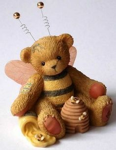 Cherished Teddies  ~ BEATRICE ... Honey, You're the Sweetest * NEW From Our Shop