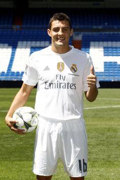 Mateo Kovacic Real Madrid presentation 2015