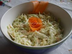 Jednoduchý kapustový šalát - recept | Varecha.sk Cabbage, Vegetables, Ethnic Recipes, Food, Essen, Cabbages, Vegetable Recipes, Meals, Yemek