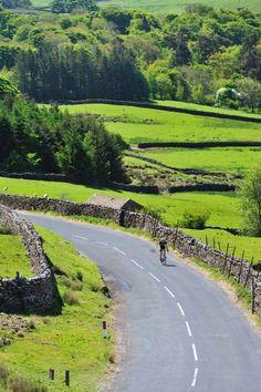 Tour de France in Yorkshire Gallery - Yorkshire Dales #tourdefrance #legranddepart #letouryorkshire #letourholmfirth #yorkshire #cycling #tdf #holmfirth #sport