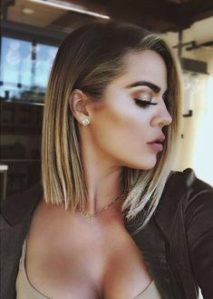 Imagem de khloe kardashian, hair, and makeup