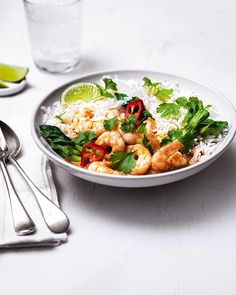 We've used a good quality spice paste to make this curry in a hurry. Combined with coconut milk, prawns, Asian greens and zingy fresh lime it makes a healthy dinner that's packed with flavour.
