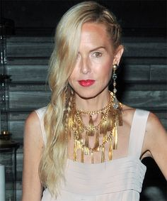 View yourself with this Rachel Zoe Long Wavy Light Blonde Hairstyle Casual Hairstyles, Wavy Hairstyles, Hair A, Her Hair, Buttery Blonde, Light Blonde Hair, Hair Density, Long Wavy Hair, Split Ends