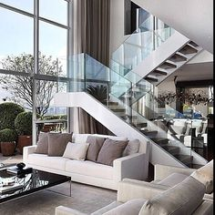 Inspiring Modern Staircase Design Ideas that You Must See Modern House Design, Modern Interior Design, Interior Architecture, Interior Stairs, Luxury Interior, Living Room Modern, Living Room Designs, Living Room Stairs, Living Area