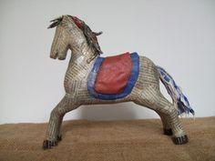 Encontrá Escultura Caballo  desde $230. Living, Decoración y más objetos únicos recuperados en MercadoLimbo.com.