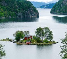 """djferreira224:  """" Lovrafjorden, Norway (by Silvain de Munck).  """""""
