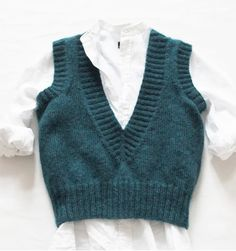 stinehoelgaard: Ny vest i Stines Varehus Adrette Outfits, Cute Casual Outfits, Winter Outfits, Fashion Outfits, Preppy Outfits, Fashion Tips, Knit Fashion, Look Fashion, Korean Fashion