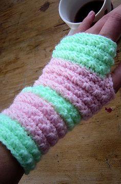 Star Stitch Hand Warmers Crochet