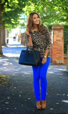 Look Estampa + Azul - Moda it | Moda It  Calça azul *-*