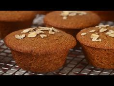 Healthy snacks for dogs on a diet menu food prices Snacks For Work, Healthy Work Snacks, Healthy Appetizers, Healthy Treats, Farofa Low Carb, Frutas Low Carb, Oat Bran Muffins, Breakfast Muffins, Breakfast Recipes