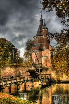 Castle Duurstede, a medieval castle in Wijk bij Duurstede in the province of Utrecht in the Netherlands. *** I have always wanted to go to a castle! Places Around The World, The Places Youll Go, Places To See, Around The Worlds, Beautiful Castles, Beautiful Buildings, Beautiful Places, Beautiful Park, Amazing Places