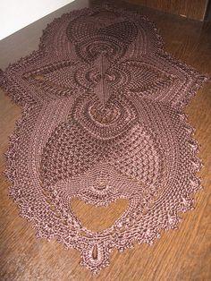 Oval Doilies in Natural Color Crochet Table Runner Pattern, Crochet Doily Patterns, Crochet Mandala, Thread Crochet, Filet Crochet, Crochet Motif, Crochet Designs, Crochet Doilies, Hand Crochet