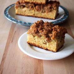 Rhubarb Crumb Cake by piesandplots