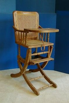 The Design Enthusiast: Friday Finds : A Vintage, Dual Purpose High Chair