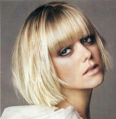 coiffure Wob ou carré flou avec frange droite