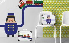 Der Spiel- bzw. Reisekoffer Trains aus der LIMITED EDITION wurde gemeinsam mit der Firma Kazeto (seit 1925 Hersteller von qualitativen Produkten aus Hartpappe) entwickelt. Dieser Kinderkoffer passt perfekt zu den Tapeten und anderen Accessoires aus der Kollektion Trains. Suitcase, Toddler Bed, Kids Rugs, Train, Home Decor, Cardboard Paper, Wallpapers, Games, Child Bed