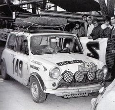 Mini Cooper at The Monte Carlo Rally Mini Cooper S, Vintage Racing, Vintage Cars, Classic Mini, Classic Cars, Sport Cars, Race Cars, Bmw, Audi