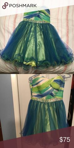 Dress Green dress worn once for a couple weeks for a couple of hours, size 10 fits like 6-8 Blush Dresses Midi