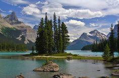 Spirit Island Jasper National Park by Mo Barton